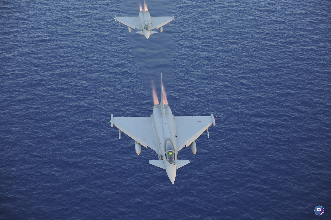 Italy's Eurofighter F2000 TYPHOON - European Security & Defence